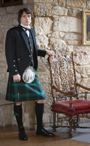 Classic Braemar Kilt Outfit, with Luxury accessories