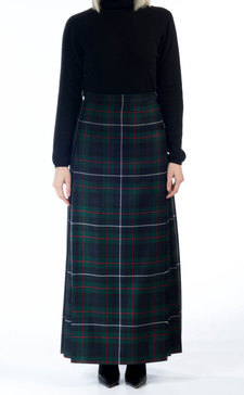 Balmoral kilts and highland dress products from scotweb