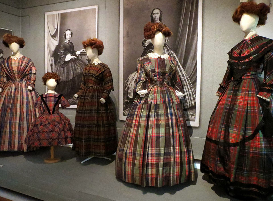 queen victoria and plaid