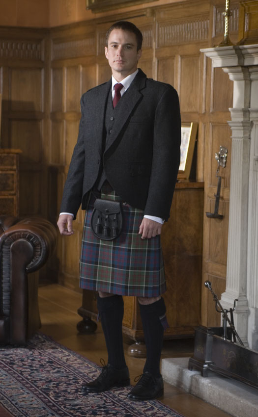 Classic Tweed Crail Kilt Outfit