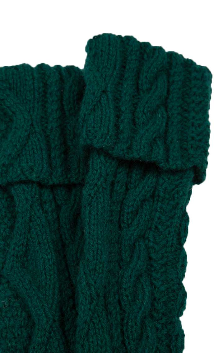 Hand-Knitted Luxury Aran Kilt Hose by Scotweb