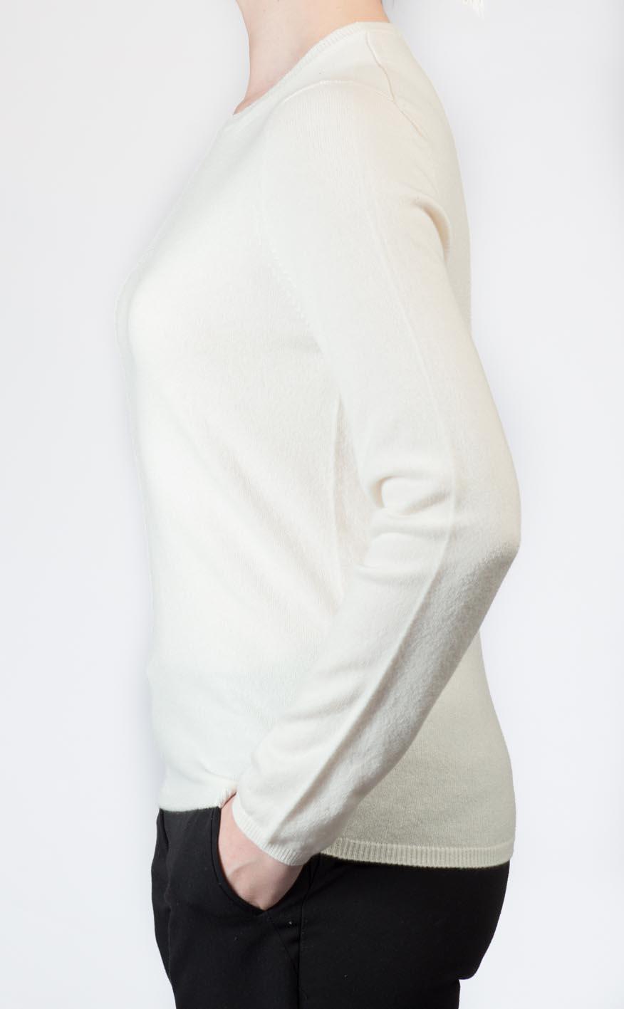 Colour: Winter White
