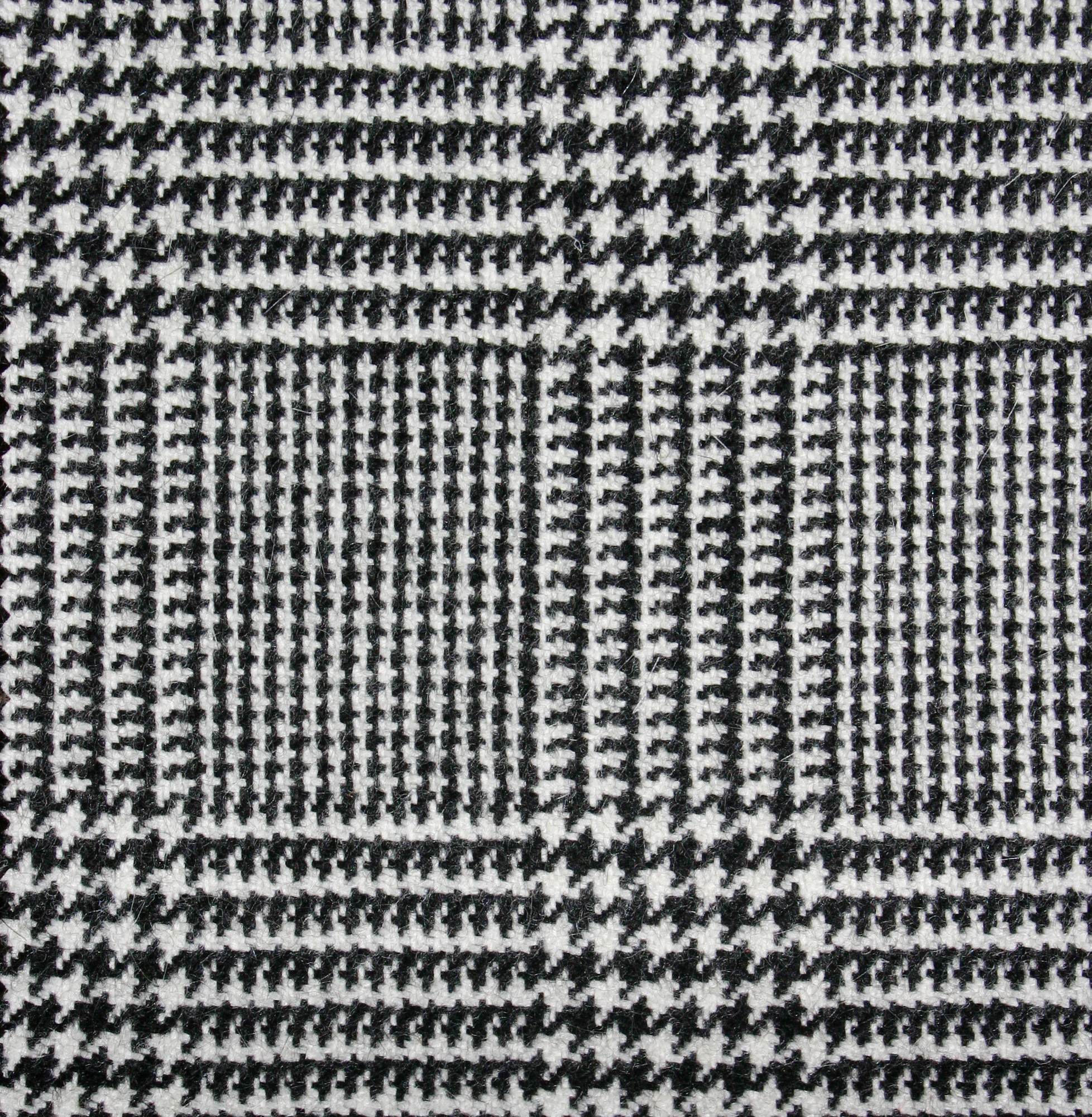 Image gallery houndstooth fabric for Patterned material fabric
