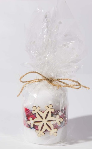 Handmade Christmas Candle: Snowflake (Style Three)